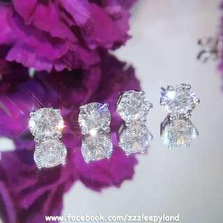 實物拍攝 超閃50份及1卡高炭鑽925純銀6層包金單石耳環 4爪/6爪 一對 每邊 50分 $458 一對 每邊 1卡  $528