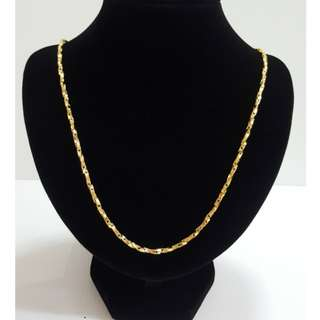Gold plating pattern shining chain.
