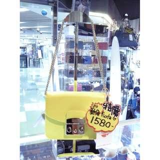 Furla Yellow Leather Small Chain Shoulder Crossbody Bag 黃色 牛皮 皮革 小袋 鍊袋 斜揹袋 斜背袋 肩袋 袋