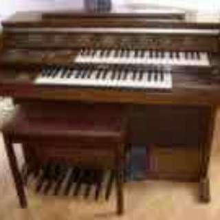 organ yamaha FE40