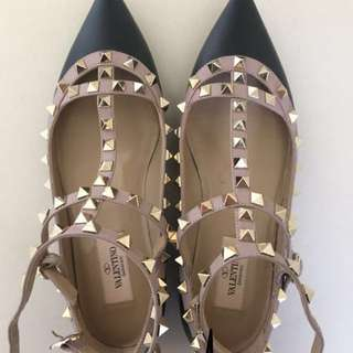AUTHENTIC Valentino Flats