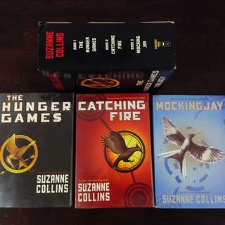 BOXED - The Hunger Games Trilogy by Suzanne Collins