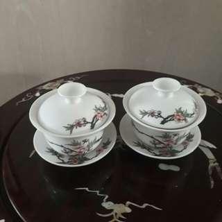 2 pcs tea cups