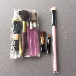 $2 for everything make up brushes
