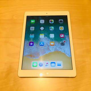 iPad Air 128gb Cellular WiFi 380SGD,