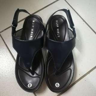 KIPWALK Black Sandals, Size 9