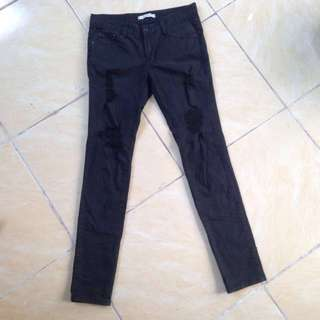 Saleee ripped jeans hitam