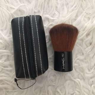 MAC kabuki brush