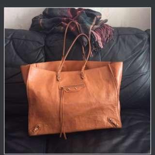 Balenciaga camel papier shopping bag