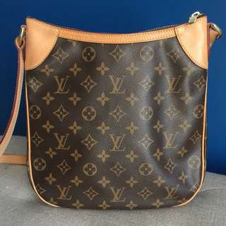LOOKING FOR AUTHENTIC LOUIS VUITTON ODEON PM