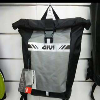 Givi water proof backpack 15lit