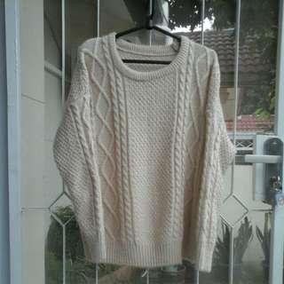 Sweater Rajut Warna Beige