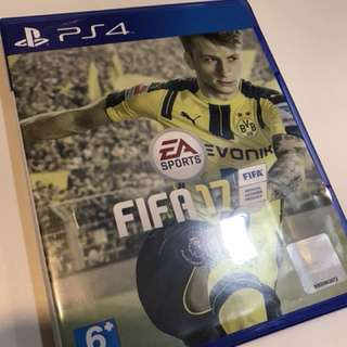 Pre-loved FIFA 17 for PS4