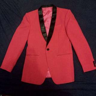 Strawberry Bubblegum (Pink Suit)
