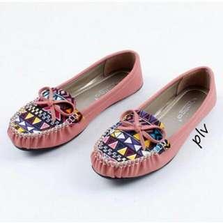 Flat shoes etni