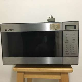 Used Sharp Microwave oven