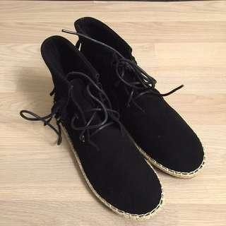 [特價]全新黑色流蘇平底靴