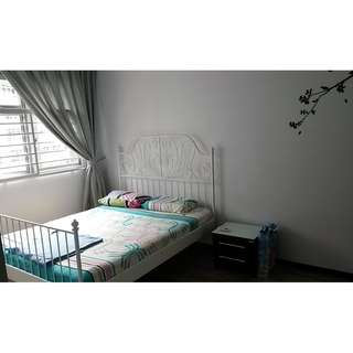 Master Room and Common Room For Rent @ Blk 213A Punggol