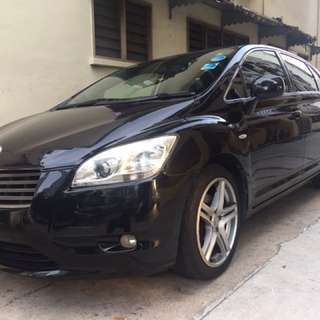 Toyota Mark Zio 2.4A 7Seater