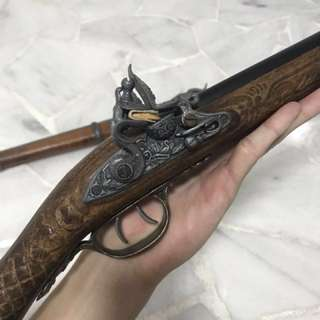 Antique display rifle, double barreled