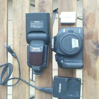500D body only with bundle