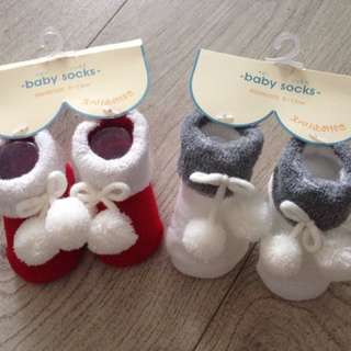 嬰兒襪 6-9 個月 特價$15/對 (兩對包郵)
