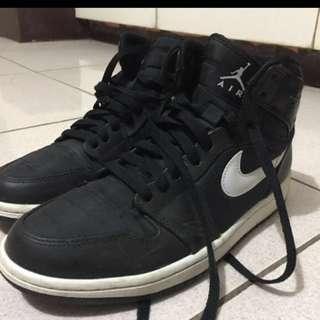 JORDAN 1  Black *Legit