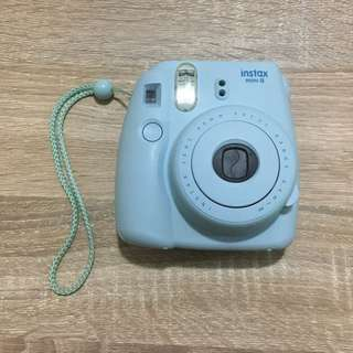 [UNAVAILABLE] Polaroid Camera Mini 8