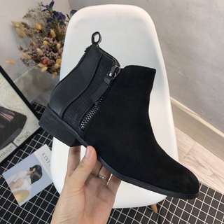 《早衣服》1212聖誕節🎄來自法國的設計拼接材質切爾西靴短靴踝靴馬丁靴平底靴(預)