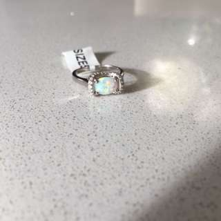 Brand new size 5 opal ring