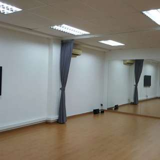 Cheapest Dance And Fitness Studio for Rent at Macpherson.This Studio is ideal for rental for fitness /all dances type/ Yoga/ Zumba/ Belly Dance/Martial arts / Modern dances/ Kpop /Hip hop/ Church group dancing/ Cosplay / Workshops/ all types of dances