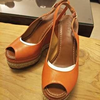 iROO厚底高跟鞋