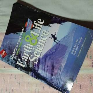 Earth & Life Science