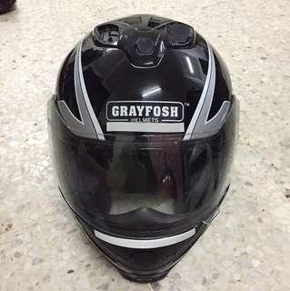 Helmet grayfosh