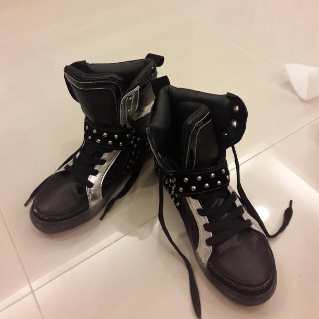 正韓半桶休閒鞋(有內增高)24.5