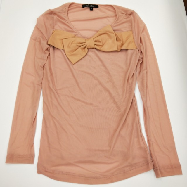粉色蝴蝶薄上衣