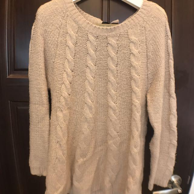 淡粉針織毛衣