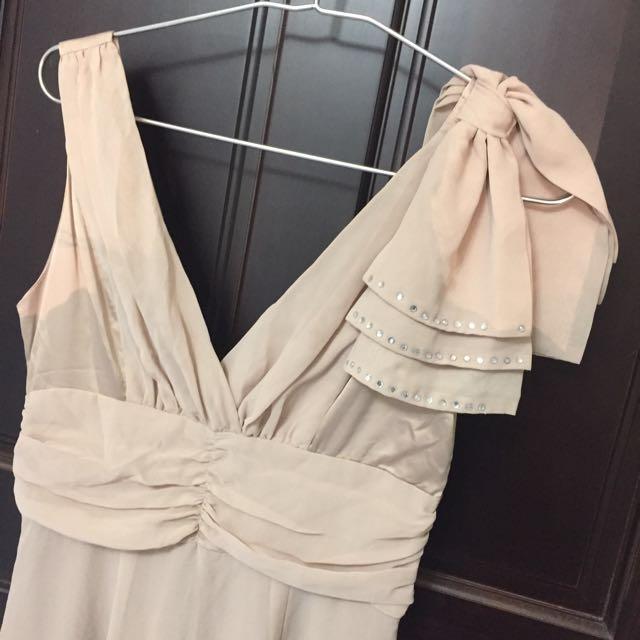 優雅米長洋裝