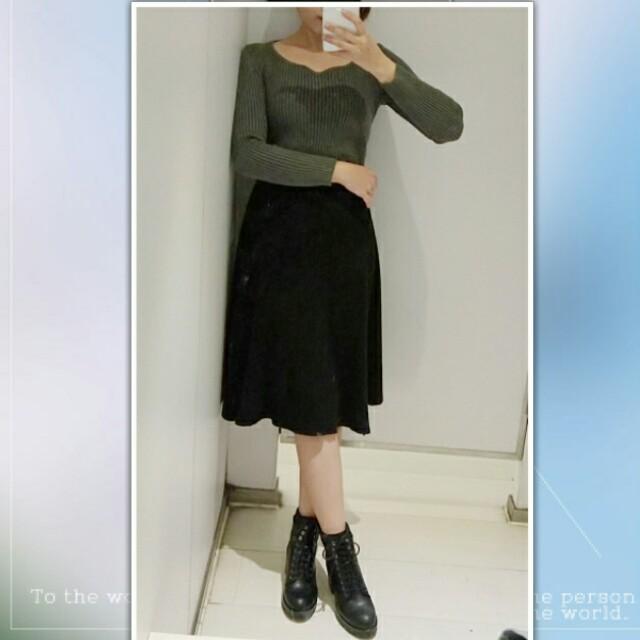 💘九折💘黑色彈性針織毛線中長裙