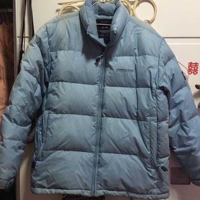 淺藍色防風防潑水外套