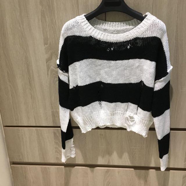 黑白相間短版針織衫 薄款毛衣