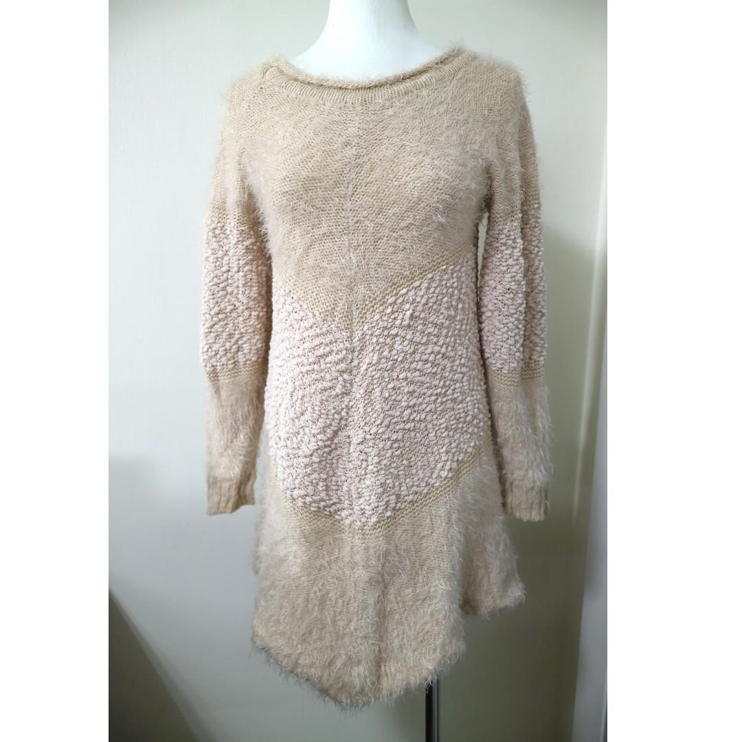 高質感毛料馬海毛 顯瘦剪裁 長版針織毛衣 可當單穿當洋裝