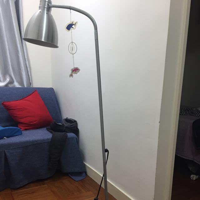 免费! 宜家座地燈  Free!IKEA standing light