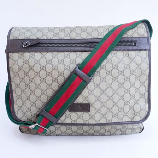 90090dc57a12 💯% Authentic GUCCI Classic Monogram large messenger crossbody bag unisex,  Luxury, Bags & Wallets on Carousell