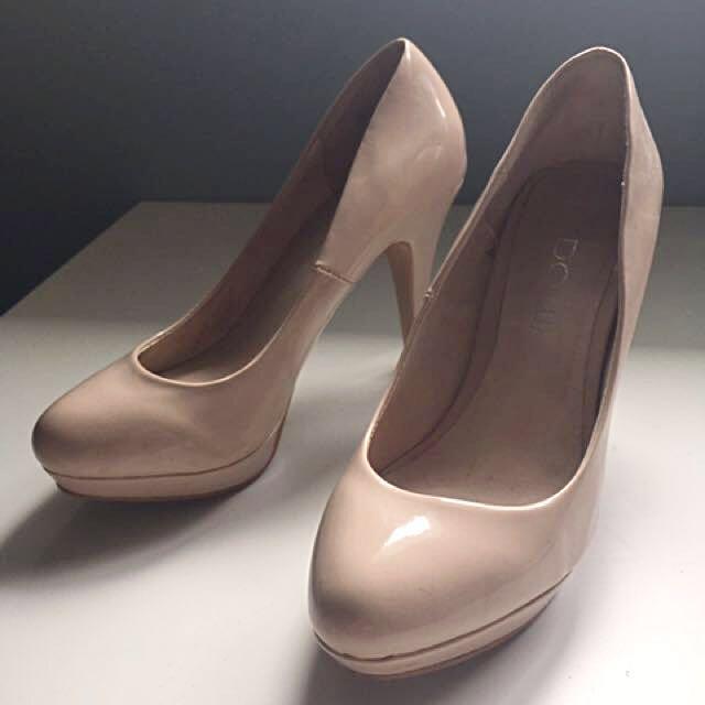 Aldo Nude Heels (Sz 6)