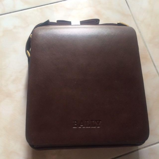 Bally Bag (promo) 99.000 Jadi 139.000