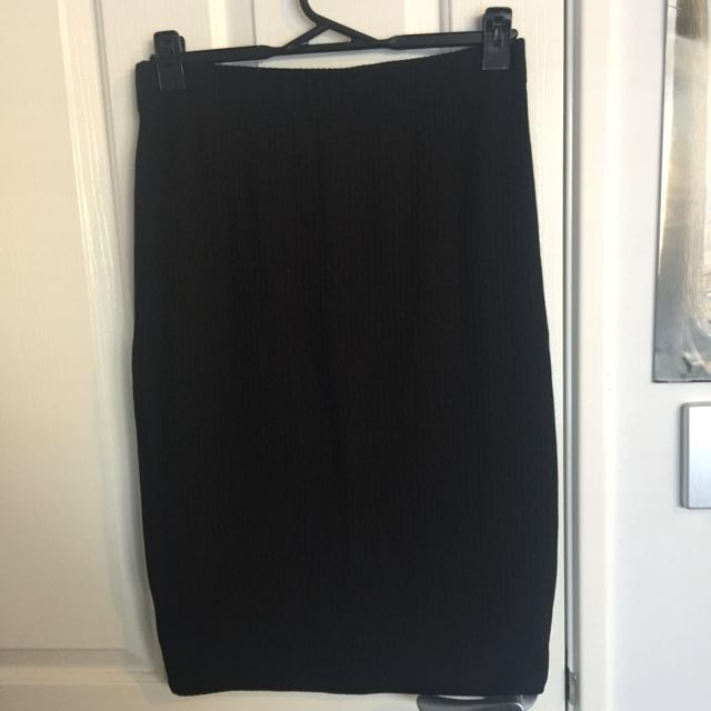 Black pencil skirt