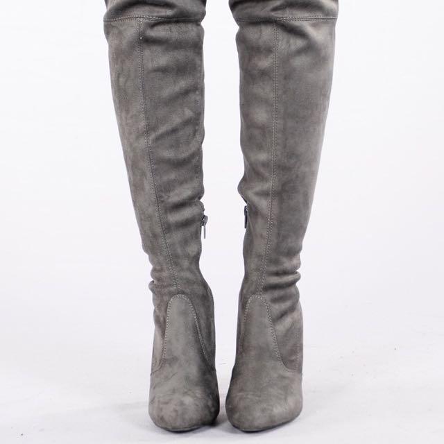 BNIB Thigh high boots-Charcoal (Size 6)