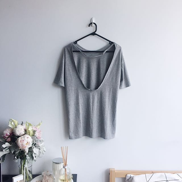 Boohoo scoop back t-shirt grey size 6