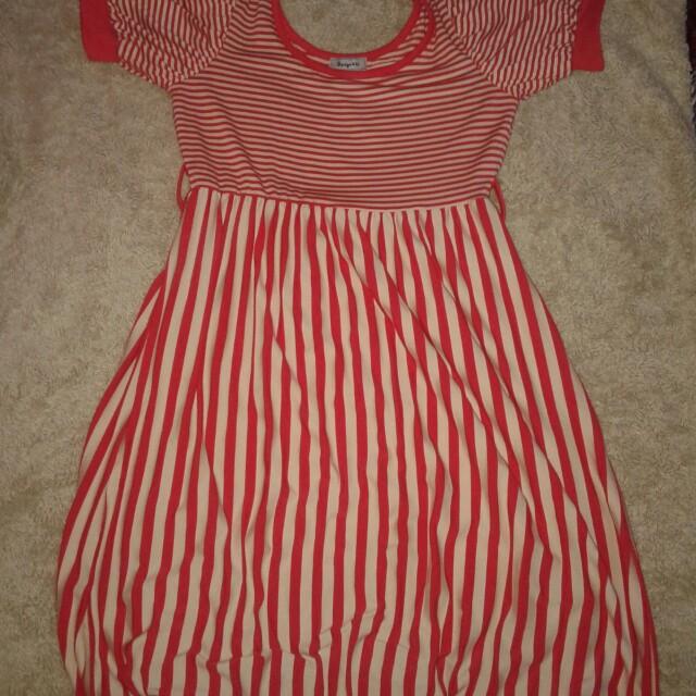 Dress stripe red